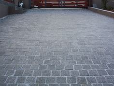 perfect cobble for the driveway to replace the old stones