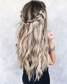 balayage blonde bronde hair - Trends Of The World Pelo Bronde, Blonde Balayage, Pretty Hairstyles, Easy Hairstyles, Wedding Hairstyles, Short Hair Braided Hairstyles, Princess Hairstyles, Homecoming Hairstyles, Blonde Hairstyles