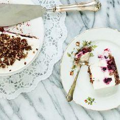 Raw Blackcurrant Cake from my Karita Tykkää blog