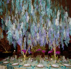 The finished result: a stunning centerpiece for our peacock-themed table. Photo by William Hill.