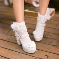 YEYO 하트 레이스 코르셋 구두 : 네이버 블로그 Pretty Shoes, Beautiful Shoes, Cute Shoes, Me Too Shoes, Kawaii Shoes, Kawaii Clothes, Socks And Heels, Shoes Heels, Ankle Socks