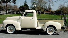 Chevy 3100 Pick-up Truck I love the white wall tires 54 Chevy Truck, Chevy Pickup Trucks, Chevy Pickups, Gmc Trucks, Farm Trucks, Chevrolet Trucks, Vintage Pickup Trucks, Classic Pickup Trucks, Antique Trucks