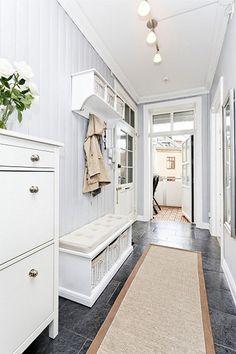 Jak urządzić wąski przedpokój? - Home on the Hill - blog lifestylowy - wnętrza, inspiracje, kuchnia, DIY