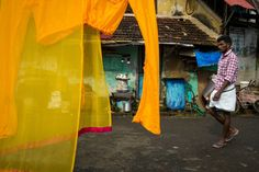 Alex Webb - INDIA. Fort Kochi. 2014. Around town in Fort Cochin.