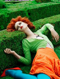 Jessica Stam / Vogue Italia / Photoshoot / love the color/composition 1 of 5