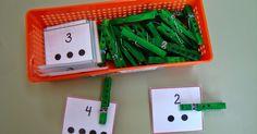 Os voy a contar algunos de los juegos que tengo en el rincón de los números. Los juegos que tengo los he encontrado en diferentes blogs:   ... Montessori Activities, Preschool Classroom, Hands On Activities, Toddler Preschool, Petite Section, Math For Kids, Diy For Kids, Math Sheets, Jr Art