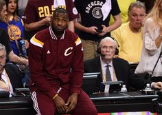 Lebron James accidently exposed himself on live TV LeBron James Exposed  #LeBronJamesExposed