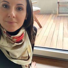 Si accettano suggerimenti per la sistemazione della terrazza esterna. Al momento ho due sedie sdraio in legno e una panchetta, provenienti dal giardino della vecchia casa...  #newhome #homedesign #homedecor #gallinepadovaneblog #padova #terrazza