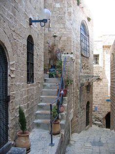 Jaffa - he was born here, our beloved, Amalric was count of Jaffa at the time
