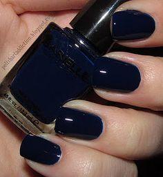 Navy Blue Nails! I love navy blue!