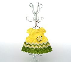 """Miniature yellow hand-knitted dress with crochet flowers/ Dollhouse clothes for 4""""-5"""" doll (11-13 cm), wool yarn, green, yellow colour by AnnaToys on Etsy"""