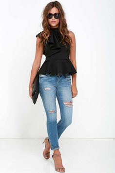 It's incredible how unforgettable you will be in the Forever More Black Peplum Top! Poly-spandex, medium weight knit forms a sleeveless peplum top with ruffle. Outfits 2016, Mode Outfits, Fashion Outfits, Womens Fashion, Fashion Trends, Casual Summer Outfits, Spring Outfits, Spring Summer Fashion, Peplum Top Outfits