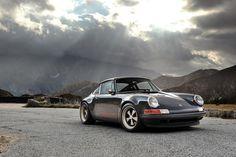Singer Porsche 911 Indonesia