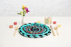 Placemats are fancy textiles that beautify your dining table and complement tablecloths and dinner plates. However, these beautiful placemats are extremely expensive, and. Yarn Crafts, Diy Crafts, Rope Crafts, Make Your Own Clay, Diy Confetti, Fabric Placemats, Diy Notebook, Weaving Projects, Woven Wall Hanging