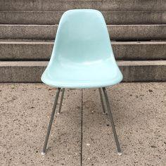 Robin's egg blue  #Eames #hermanmiller #eameschair #mcm #modern #midcenturymodern #design #shellspotting