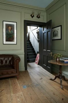 Modern Country Style: Colour Study Farrow and Ball French Gray Click through for. Modern Country Style: Colour Study Farrow and Ball French Gray Click through for details. Georgian Interiors, Georgian Homes, Modern Georgian, Halls, Modern Country Style, French Country, Country Chic, Country Estate, Country Decor
