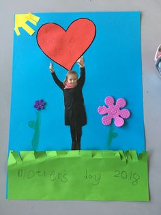 Go to the webpage to learn more on mothers day crafts for preschoolers Grandparents Day Poem, Grandparents Day Activities, Mother's Day Activities, Mothers Day Crafts For Kids, Valentine Crafts For Kids, Fathers Day Crafts, Mothers Day Cards, Diy Crafts For Kids, Mother Day Gifts