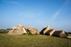 #Finistere, #Bretagne : à #Kerlouan, Meneham sur La Côte des Légendes (6 photos dont 1 pano) #myfinistere © Paul Kerrien  http://toilapol.net