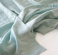 Also available in orkney and smooth linen. A summer cover is somewhere between a sheet and a bed cover — just what you need for hot summer nights. The summer cover was inspired by requests from custom