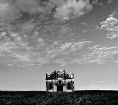 absolutely stunning.   haunting by AnnuskA  - AnnA Theodora, via Flickr