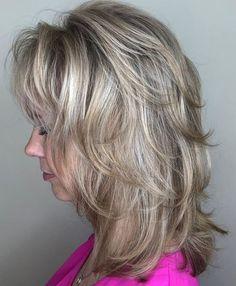 Medium Piece-y Feathered Cut Medium Shag Hairstyles, Medium Layered Haircuts, Medium Hair Cuts, Medium Hair Styles, Short Hair Styles, Thin Hairstyles, Hairstyles Videos, Hairstyles 2016, Modern Hairstyles