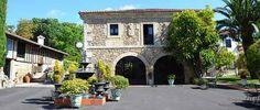 Hotel San Román de Escalante Un acogedor hotel en una casa del siglo XVI, con 15 habitaciones y una cuidada oferta gastronómica y de relax.