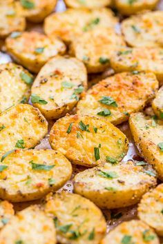 Parmesan and Herb Roasted Potatoes - Easiest potatoes ever and packed ...
