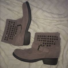 Steve Madden Booties Lightly worn studded Steve Madden booties. Taupe-purplish color. Suede-like material. No stains or rips. Steve Madden Shoes Ankle Boots & Booties