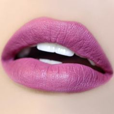 We can't seem to find this dusty lilac Lipstick in an Ultra Satin Finish. Bold Lipstick, Liquid Lipstick, Summer Lipstick, Lipstick Shades, Glossy Lips, Matte Lips, Nice Lips, Perfect Lips, Purple Lips
