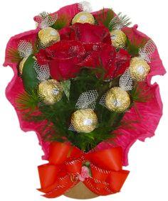 Bouquet de Bombons Pequeno Rosas e Bombons Ferrero Rocher. Uma Delícia de Bouquet...
