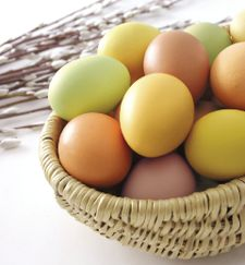 Recipe: All-natural Egg Dyes