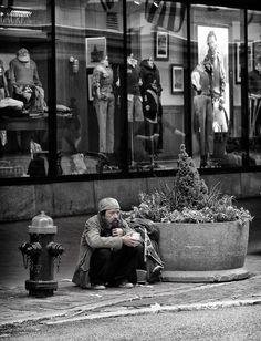 HomeLess, HomeLessNess, Sans Abris, Poverty, Pobreza, Pauvreté, Povertà, Hopeless, JobLess, бідність, Social Issues, Awareness