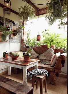 Marvelous Discover Your Home's Decor Personality: 19 Inspiring Artful Bohemian Spaces   Apartment Therapy The post Discover Your Home's Decor Personality: 19 Inspiring Artful Bohemian Spaces … ..