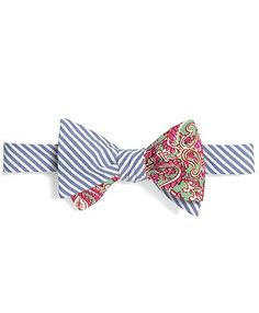 Social Primer Reversible Bow Tie: Seersucker Stripe and Two-Tone Paisley Print Tomboy Fashion, Mens Fashion, Tomboy Style, Bowtie And Suspenders, Bowties, East Coast Style, Best Bow, Cool Ties, Cool Style
