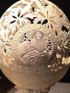 Top 24 des sculptures sur coquille d'oeufs (date de ponte : 11/11/11)