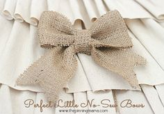 How to Make Perfect No Sew Burlap Bows<--- so easy! Click for tutorial!