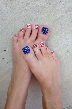 Nail Designs Easy Diy, Toe Designs, Nail Art Designs, Fingernail Designs, Nails Design, Pedicure Nail Art, Toe Nail Art, Toe Nails, Pedicure Ideas
