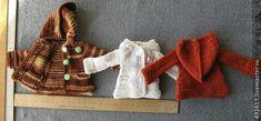 Вяжем курточку с капюшоном для Барби, тильдочек, текстильных и интерьерных кукол – Ярмарка Мастеров