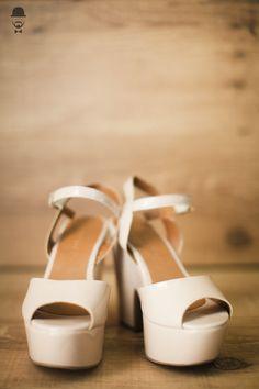 Casamento - Wedding - Rio de Janeiro - Niteroi - Raoní Aguiar Fotografia - Navy - Náutico - Noiva - Sapato - Shoes - Bride
