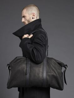 Black Wool Coat and Black Leather Duffle Bag. Sharp Dressed Man, Well Dressed Men, Leather Men, Black Leather, Black Wool, Leather Bags, Look Fashion, Mens Fashion, Nail Fashion