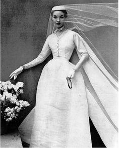 Balenciaga wedding gown, 1952
