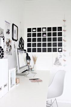 Photography & Decoration / Black & White Workspace Office, BlackBoard, Apple IMac