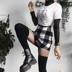 Bad Girl Outfits, Punk Outfits, Gothic Outfits, Teen Fashion Outfits, Cute Casual Outfits, Retro Outfits, Grunge Outfits, Aesthetic Grunge Outfit, Aesthetic Clothes