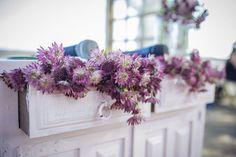 Decoración floral para la ceremonia //Ceremony. Foto: Christian Roselló. Organización: Señor y señora de #bodassrysrade www.señoryseñorade.com