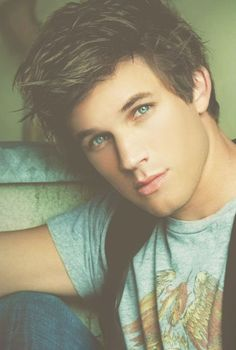 Matt Lanter... Yesss!!
