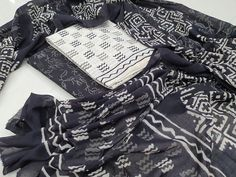 Kirans Boutique jaipur The post Daily wear Black and White Cotton salwar kameez set with mulmul dupatta appeared first on Kiran& Boutique. Continue reading Daily wear Black and White Cotton salwar kameez set with mulmul dupatta at Kiran& Boutique. Salwar Pants, Cotton Salwar Kameez, Suits For Sale, Suits For Women, White Salwar Suit, Chinese Collar, Cotton Suit, Skirt Suit, High Collar