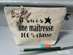 PicsArt_1433067515274 Silhouette Portrait, Silhouette Cameo, Pochette Diy, Couture Sewing, Teacher Gifts, Cosmetic Bag, Picsart, Messages, Embroidery