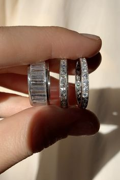 Vintage wedding bands and antique wedding rings hand picked for their quality and enduring sentimental value. Round Diamond Engagement Rings, Engagement Ring Cuts, Designer Engagement Rings, Antique Wedding Rings, Vintage Style Rings, Wedding Bands, Wedding Nail, Fashion Rings, Ring Designs