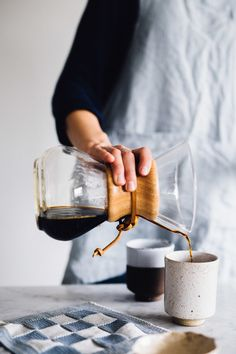 How to make yourself a cup of slow and fair coffee