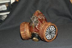 Exquisite Uitgelezen Stoompunk Steampunk Gas Mask by buffy0811, $40.00